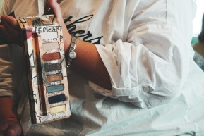 UD JEAN-MICHEL BASQUIAT Gold Griot Eyeshadow Palette